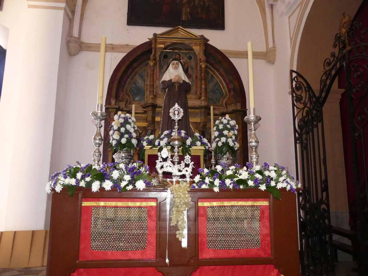 Paso de Santa Ángela de la Cruz.