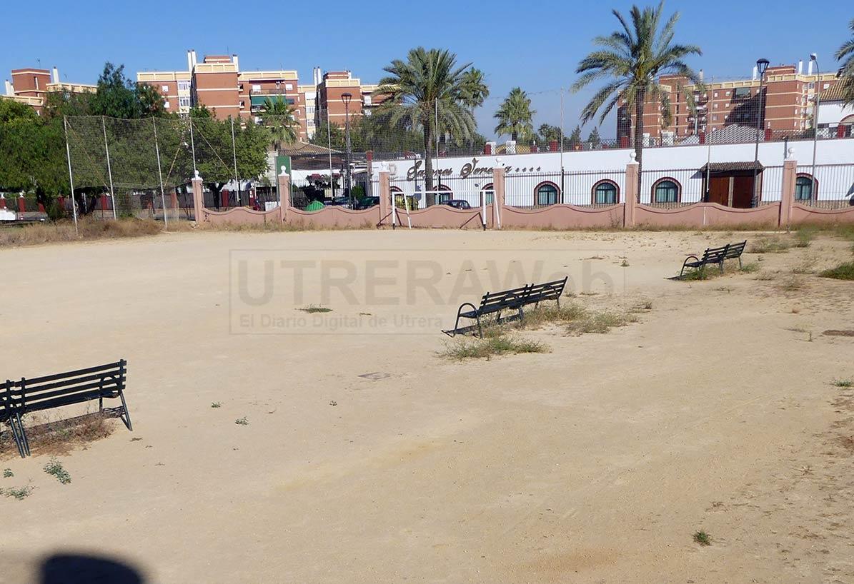 El césped artificial también llegará al campo de fútbol de Utretra ubicado entre plaza Europa y avenida Portugal.