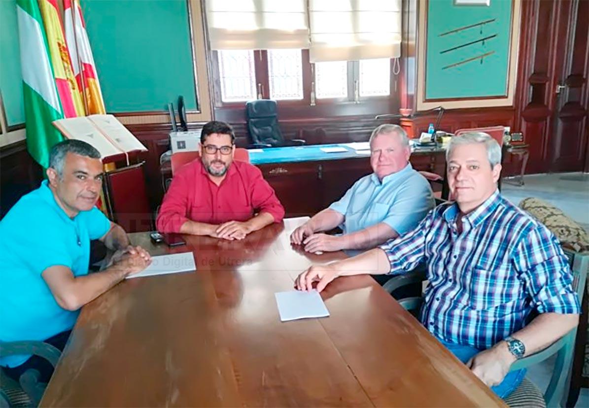 Un momento de la reunión celebrada en la Alcaldía de Utrera.
