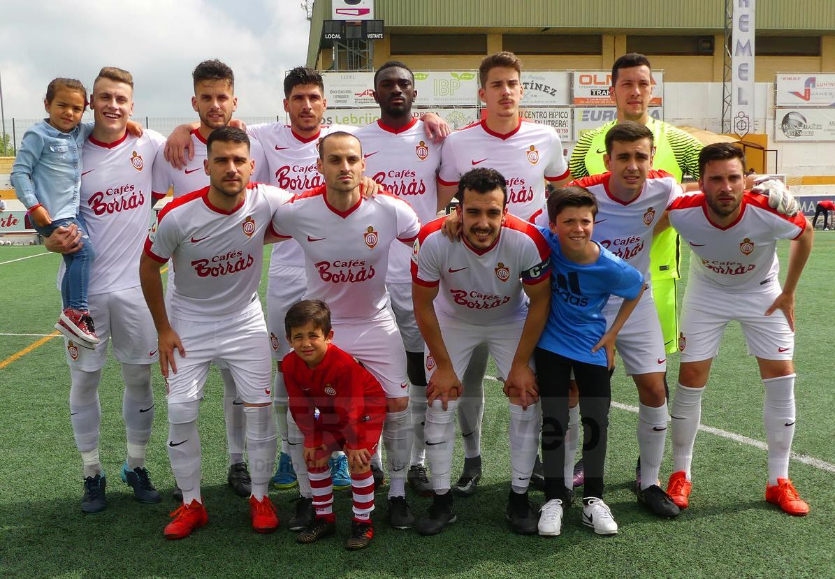 Formación titular del C.D. Utrera que ha ganado 2-1 al Sevilla C.
