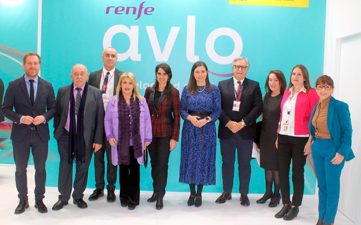 Un convenio firmado entre RENFE y los distintos ayuntamientos impulsará el tren flamenco de la Bienal de Sevilla que tendrá parada en Utrera.