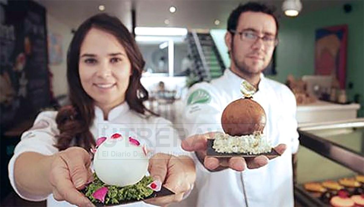 Jesús Escalera, el chef pastelero de Utrera que triunfa en mérica, junto a su socia, la también chef pastelera Fernanda Covarrubias.