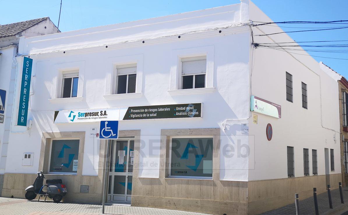Sede de SERPRESUR en la calle Molares de Utrera.