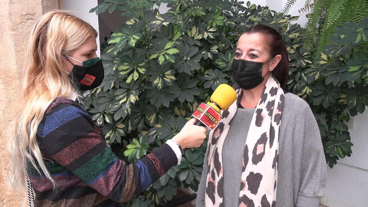 Un momento de la entrevista mantenida realizada por UTRERAWeb a la delegada de Festejos de Utrera, María del Carmen Cabra.