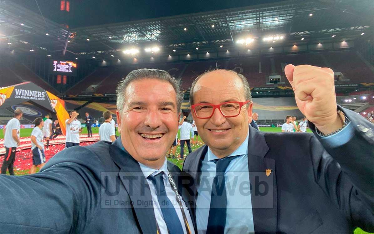 Los hermanos Castro durante la celebración de la sexta Europa League conseguida por el Sevilla F.C.